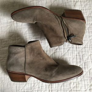 Sam Edelman Shoes - Sam Edelman Petty boot in Putty suede. Size 8